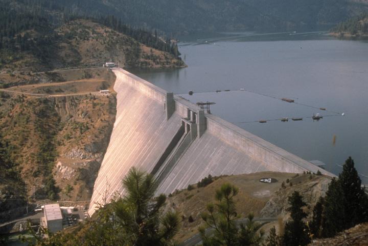 dworshak-dam-1